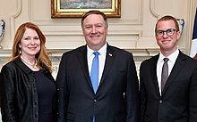 220px-Mike_Pompeo_family.jpg