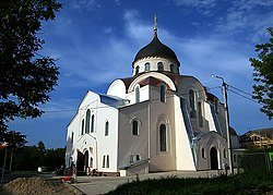 Monastery in in Tver, Tverskaya Oblast.jpg
