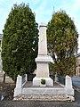Monument aux morts de Jugon-les-Lacs.jpg