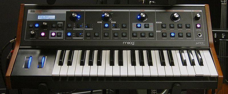 Moog Little Phatty Tribute Edition.jpg