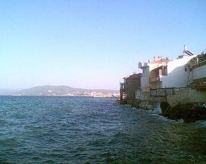 Gulf of Gemlik - Gulf of Gemlik as seen from the town of Mudanya.