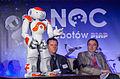 NAO z Francji podczas konferencji prasowej II Nocy Robotów PIAP.jpg