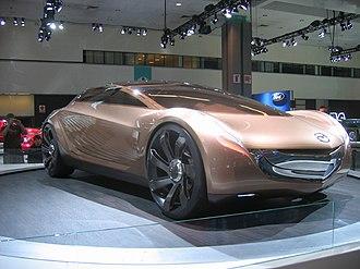 Laurens van den Acker - Mazda Nagare concept