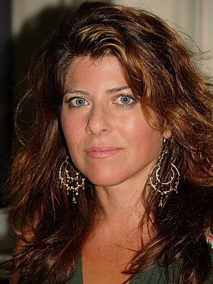 English: Naomi Wolf at the 2008 Brooklyn Book ...