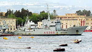 Ponza-class transport ship - Image: Nave Levanzo