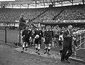 Nederland tegen Belgie 9-1 Het arbitrale trio, Bestanddeelnr 910-7234.jpg