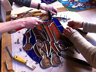 Came - Musée de Cluny students at work in a stained glass workshop