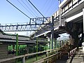 Nishiya station overhead Shinkansen girder bridge 01.jpg