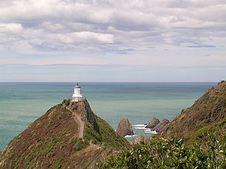 The Catlins - The Nugget Point lighthouse has guided ships since 1870.