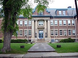 Saskatoon Teachers' College - Collegiate Institute, first home of the teacher's college.