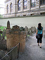 Old Jewish Cemetery, Prague 048.jpg