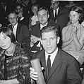Op de voorgrond schrijver Gerard (Kornelis van het) Reve (voor novelleprijs 1963, Bestanddeelnr 918-3170.jpg