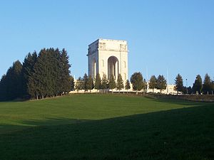 Asiago War Memorial - Image: Ossario Asiago