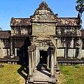 Outer gallery , Prasat Angkor Wat, Siem Reap, Cambodia - panoramio (3).jpg