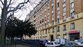 P1160602 Paris XX rue Lucien-et-Sacha Guitry rwk.jpg