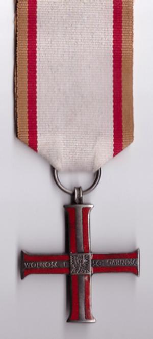 Cross of Freedom and Solidarity - Image: POL Krzyz Wolnosci i Solidarnosci
