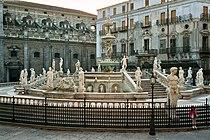 Palermo-Piazza-Pretoria-bjs2007-02.jpg