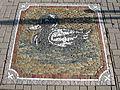 Pflastermosaik am Gartenhallenbad in Freiburg-Haslach.jpg