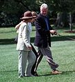 Photograph of President William Jefferson Clinton and First Lady Hillary Rodham Clinton at the White House- 08-30-1998 (6461540485).jpg
