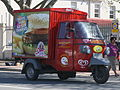 Piaggio Ape delivery vehicle (15103878166).jpg