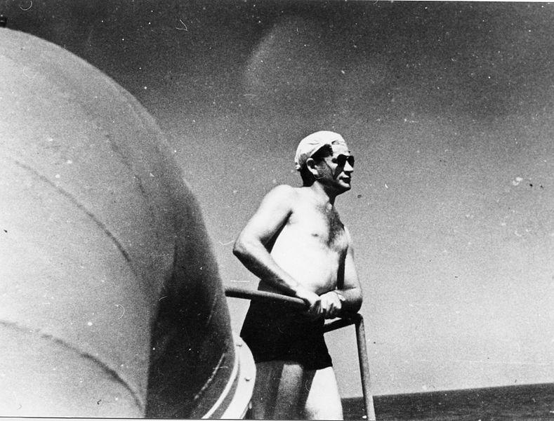 הפלגה של הקומנדו הימי על אניית האם בן-הכט