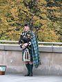 Piper, Edinburgh (15039990433).jpg