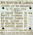 Plaque commémorative des 6 fusillés de Landaul.jpg