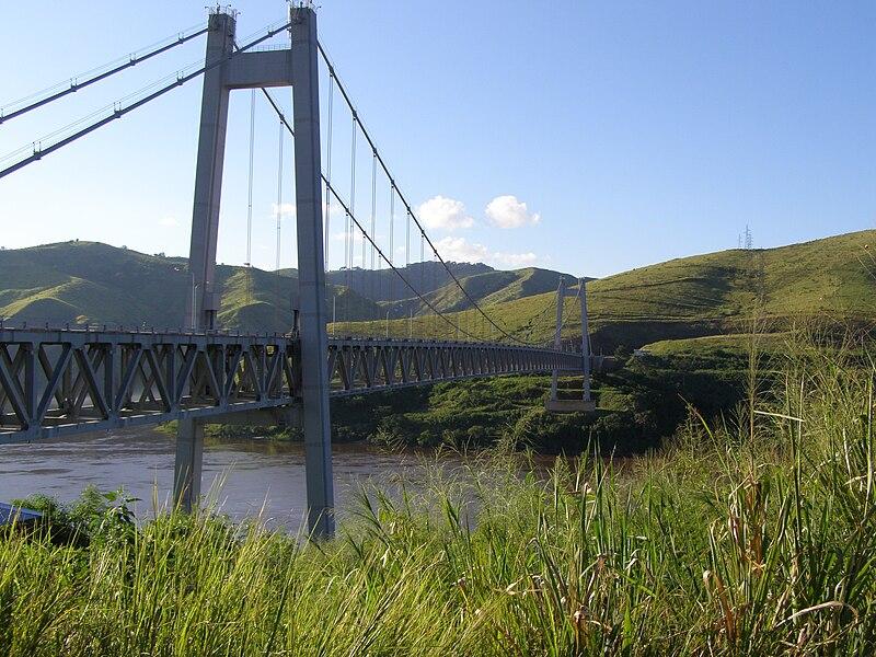 File:Pont Marechal, Matadi, Congo.jpg