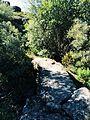 Ponte de pedra em trilho pedestre no Parque de Montesinho.JPG