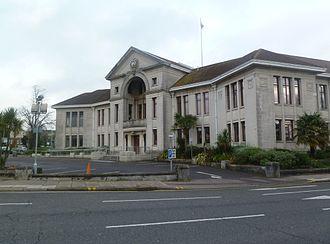 Poole Borough Council - Image: Poole Civic Centre