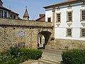 Porta dos Cavaleiros - Viseu (152143272).jpg