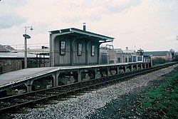 Poyle Estate Halt station (1965).JPG