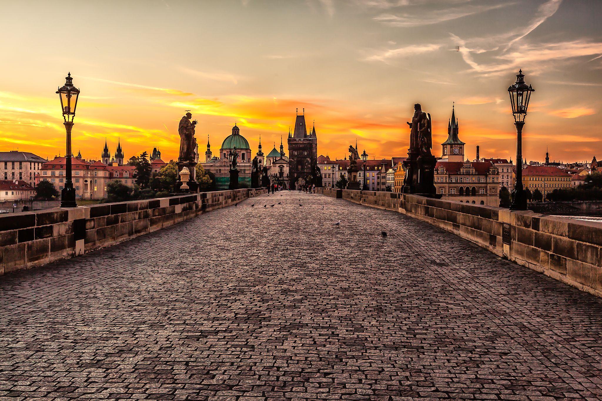 Prague sunrise (8099151633)