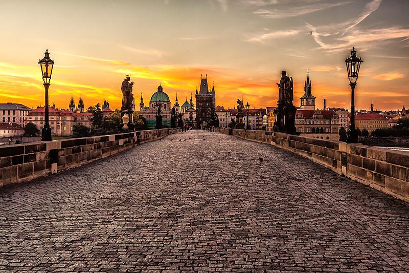 File:Prague sunrise (8099151633).jpg