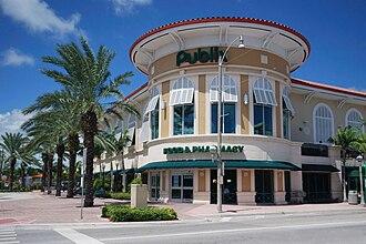 Publix - Storefront of Publix in Surfside, Florida