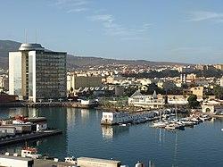 Puerto de Melilla.jpg