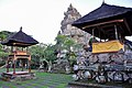 Pura Desa temple (17057105942).jpg