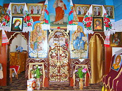 RO MM Razoare St. Dumitru wooden church 11.jpg