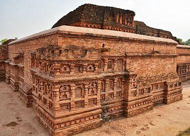 Remains of Nalanda University.jpg