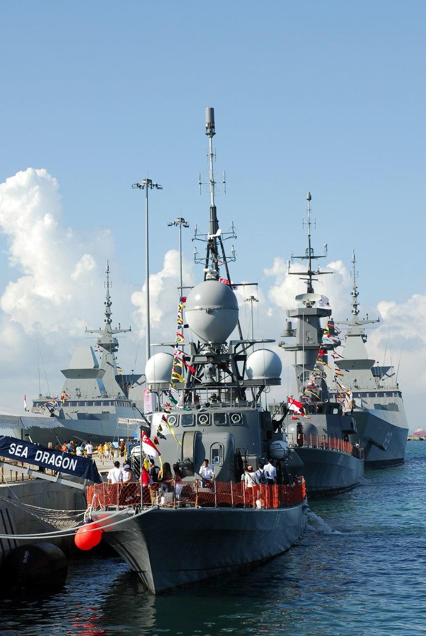 Republic of Singapore Navy missile gunboat RSS Sea Dragon (P78) at Changi Naval Base, Singapore - 20070527
