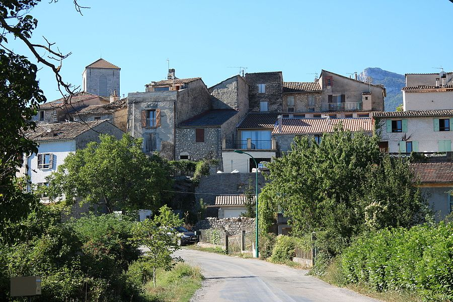 Old part of the commune of Ribiers, France