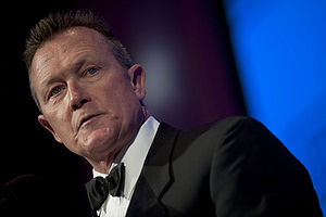 English: Actor Robert Patrick addresses guests...