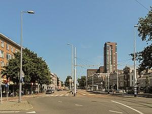 Kralingen - Image: Rotterdam Kralingen, straatzicht Oostzeedijk vanaf Oostplein foto 3 20213 07 07 16.21