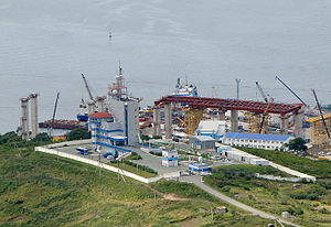 Russky Bridge - Span approach construction, 2009
