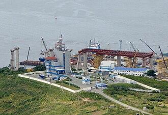 Russky Bridge - Span approach construction, 2009