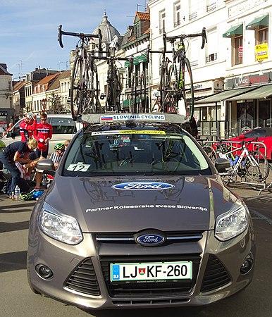 Saint-Amand-les-Eaux - Paris-Roubaix juniors, 12 avril 2015, départ (A16).JPG