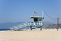 Santa Monica – Lifeguard tower (wide) 2017.jpg