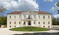 Schloss Liechtenstein 23773 in A-2193 Wilfersdorf.jpg