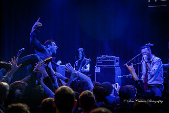 Scott Weiland - Image: Scott Weiland & The Wildabouts 2013 03 11 The Howard Theatre DC01