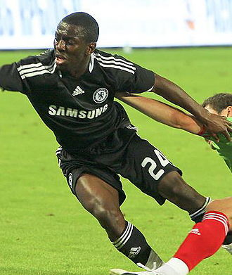 Shaun Wright-Phillips - Wright-Phillips playing for Chelsea in 2008